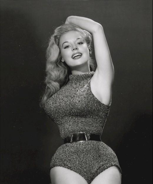 Pin up del dia: Betty Brosmer