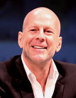 #CumploElMismoDiaQue Bruce Willis :lala: